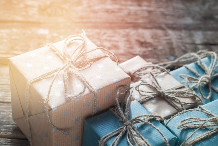 Simplify-Holidays-Vya-DecBLOG_1.jpg